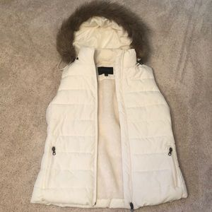 White vest jacket with hood